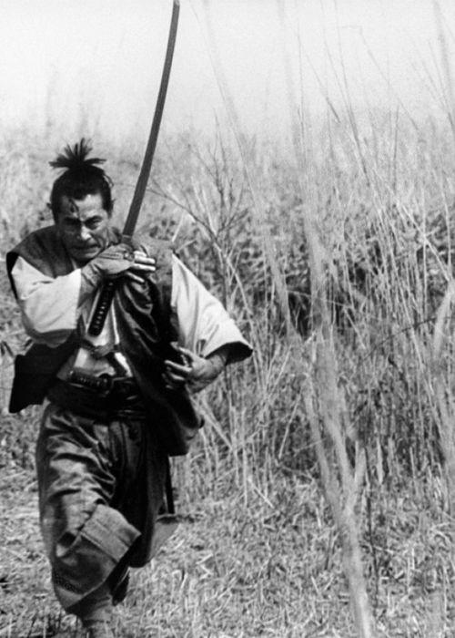 Toshirō Mifune in Samurai Rebellion (Masaki Kobayashi - 1967). S) http://media-cache-lt0.pinterest.com/550/a8/31/10/a83110d130e30c6625aa2d61e4236290.jpg