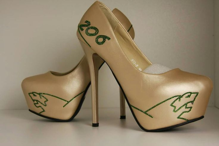 Peugeot High Heels with Swarovski elements. 100 % Handmade by crystallized-finishings