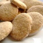 Biscotti alla composta di mele al caramello