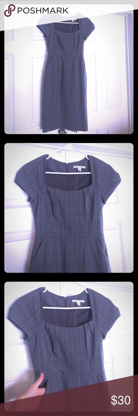 Comfortable and flattering work dress Excellent condition Gray and black plaid lined pencil dress with just a hint of blue. I am so disappointed that this dress does not fit me anymore! It's flattering to the curves and has enough stretch to be absolutely comfortable and forgiving. Has pockets! Banana Republic Dresses