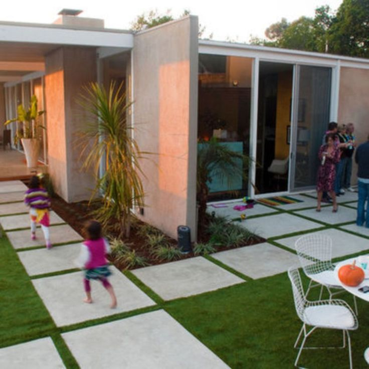 50 Best Front Yard Landscaping Ideas And Garden Designs: The 25+ Best Modern Front Yard Ideas On Pinterest