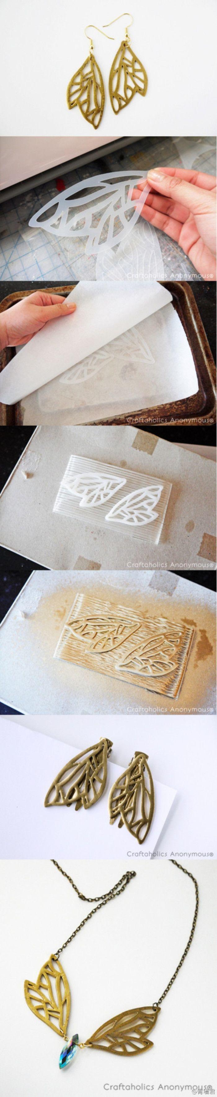 #shrink plastic tutorial#热缩片教程,这两个都比较有趣~第一个做法是裁剪烘烤喷漆,可塑性极大。第二个相当碉堡,作者June Gilbank凭着这篇PDF得到了许多募捐,想法确实棒。第三张图,是热缩片在烤箱里的动态过程哦~