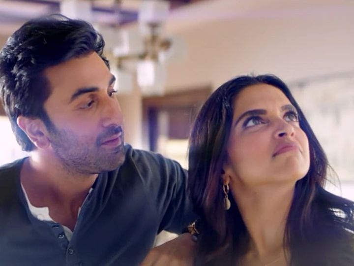 Ex Lovers Deepika Padukone And Ranbir Kapoor Win Hearts With Their Adorable Chemistry All Over Again Hungryboo Ranbir Kapoor Deepika Padukone Ranbir Kapoor Deepika Padukone