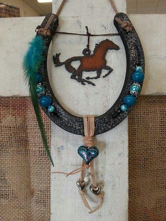 733 best horseshoe decorated images on pinterest for Horseshoe project ideas