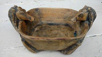 Vintage-Hand-Carved-Wooden-Folk-Art-Trinket-Box-Horse-Heads