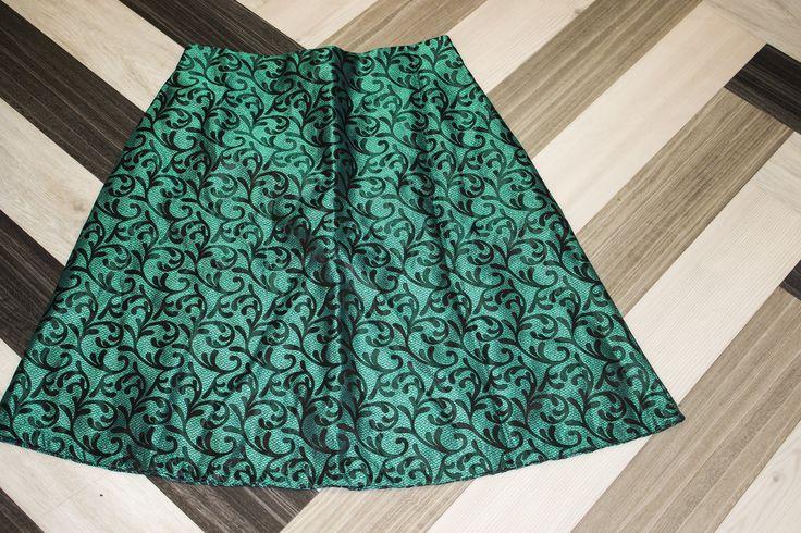 Knee Length Emerald Tea Skirt by IWOULKILL4 on Etsy