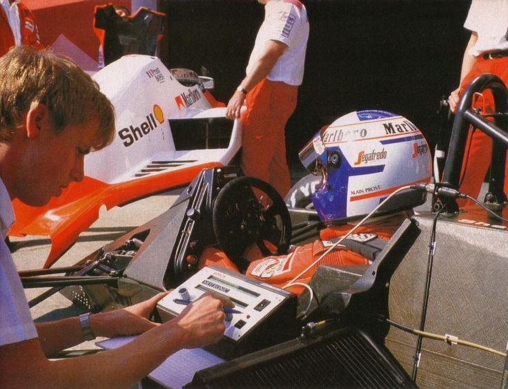 1986 Alain Prost, Marlboro McLaren International McLaren MP4/2C, TAG 1.5 V6T, Goodyear VI Gran Premio di San Marino, Autódromo Enzo e Dino Ferrari, Ímola - Itália
