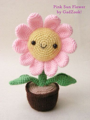 Cute crochet flower in a flowerpot.