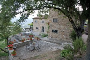 Cortona Italy - 17th century farm house -For Rent by Owner!  Are you serious!