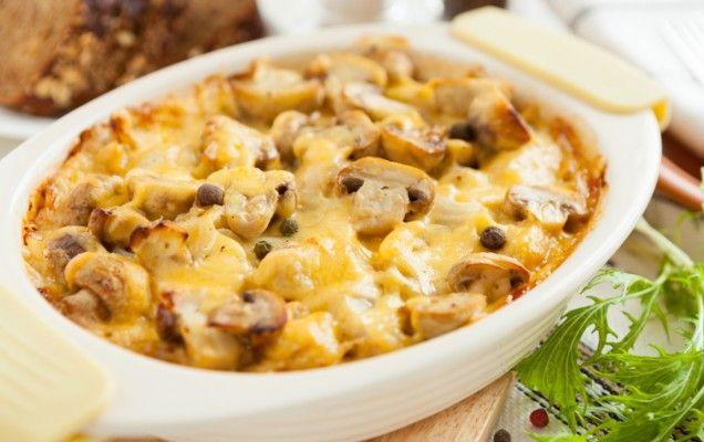 ΟΡΕΚΤΙΚΑ ΚΑΙ ΓΑΡΝΙΤΟΥΡΕΣ   Συνταγή για πατάτες και μανιτάρια ογκρατέν.