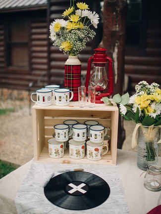 17 Creative Rustic Camp Wedding Ideas
