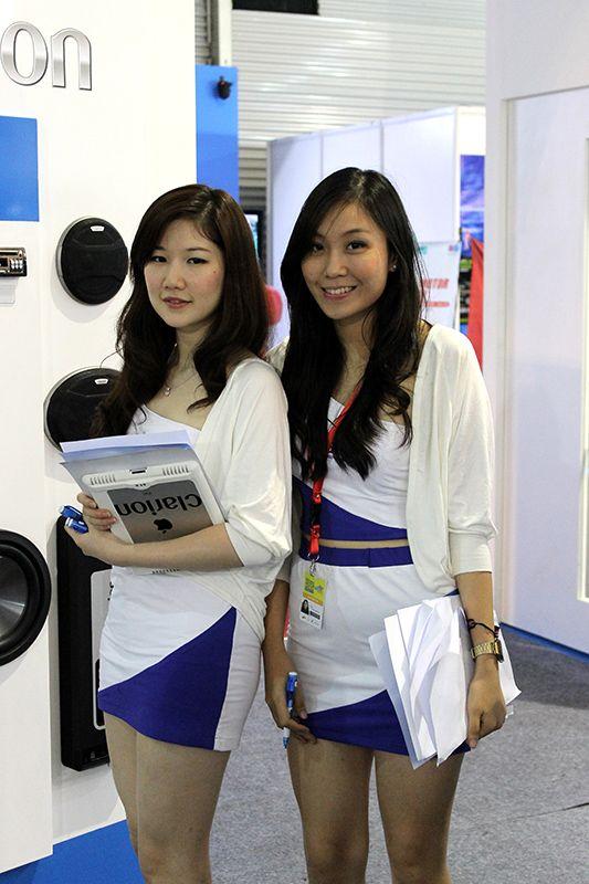 http://promotionaluniform.com/archives/portfolio/promotional-uniforms-two-pieces-for-clarion