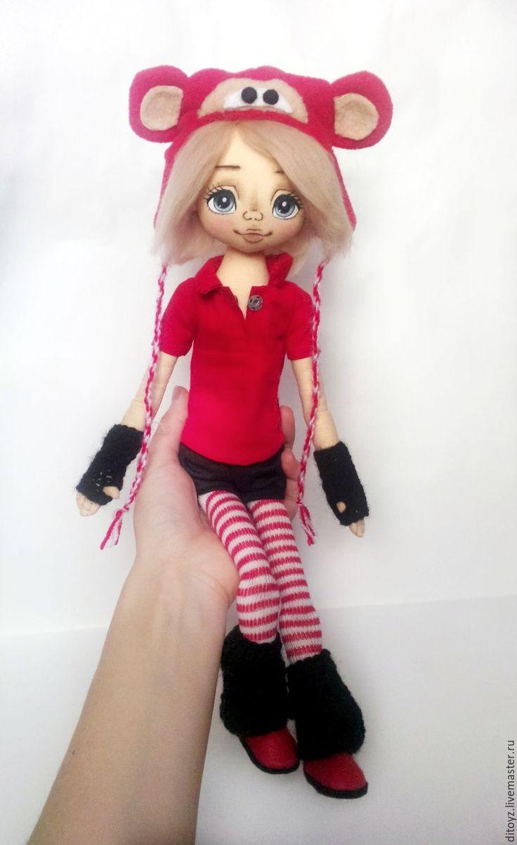 Купить Девочка в шапке-обезьянке, 40 см, текстильная кукла - ярко-красный, кукла текстильная