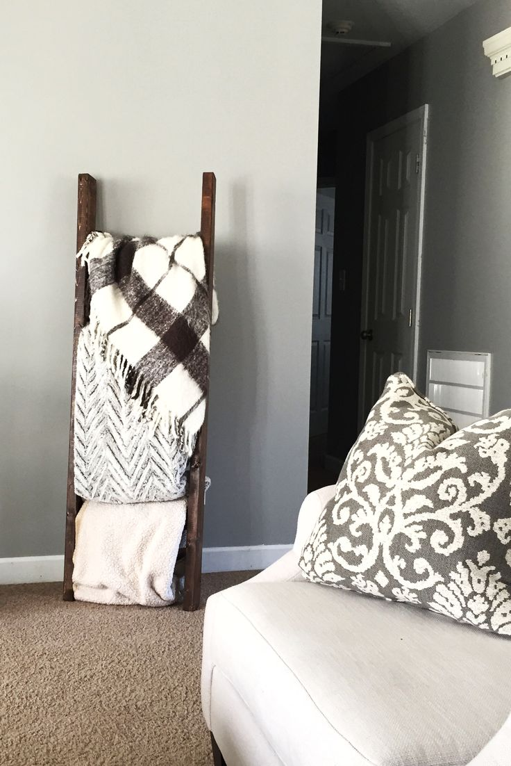 a blanket ladder was the perfect way to fill in some empty wall space in the