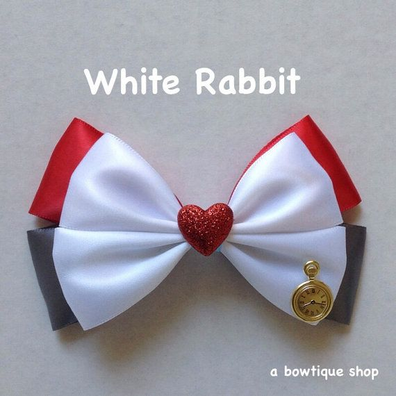white rabbit hair bow                                                                                                                                                                                 Mais