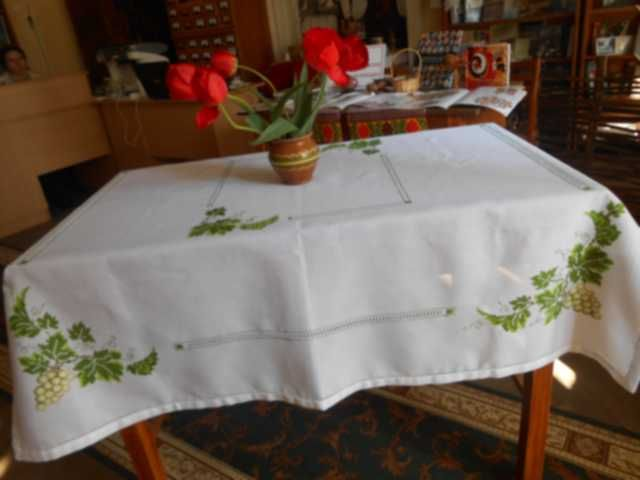 my best embroidered tablecloth
