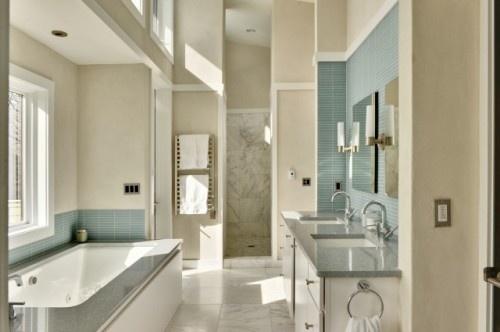 Bathroom  By: Echelon Custom Homes