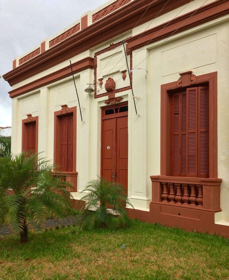 Casa antigua en perfecto estado asunci n paraguay for Puerta casa antigua
