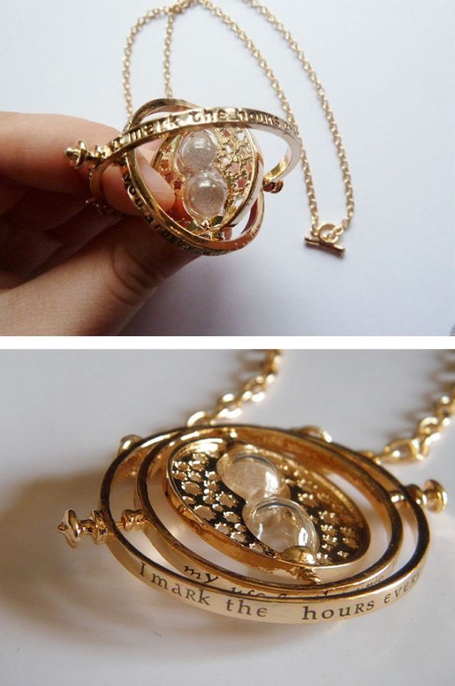 The time turner necklace I need this