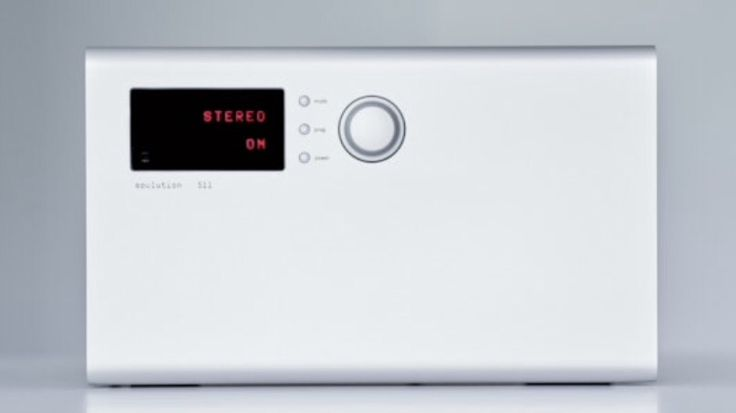 Soulution 511 power amplifier with 2x 140w output power and switched mode power supply.