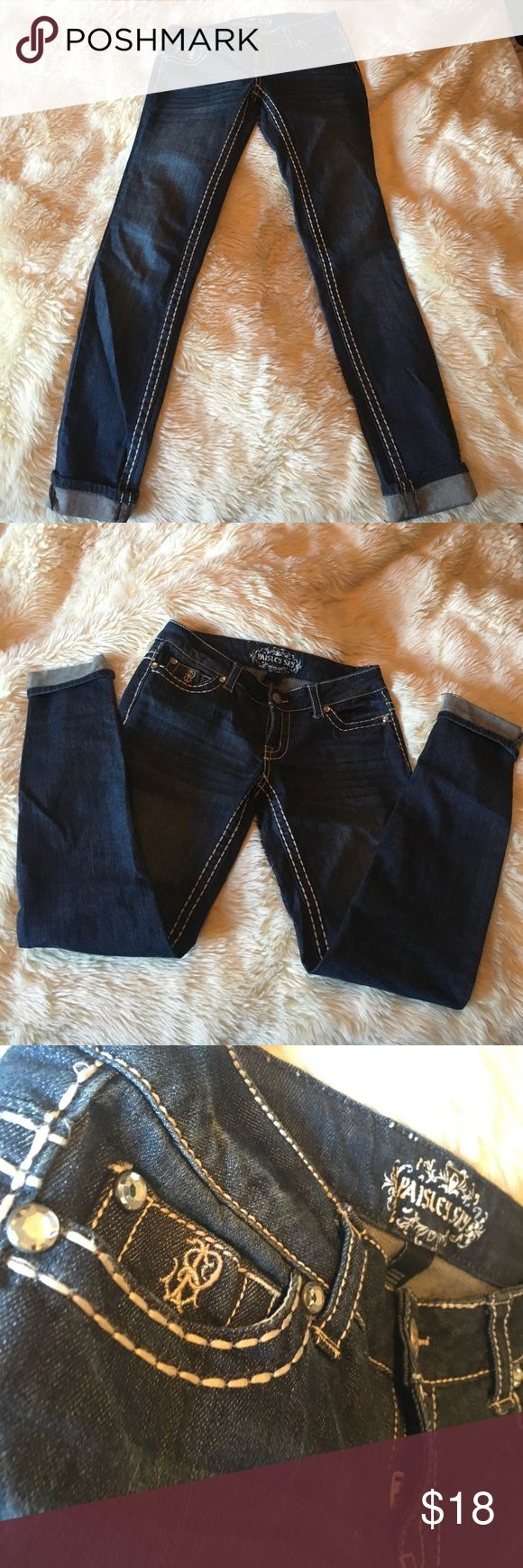 Stitch-Accent Jeans Straight legged Paisley Sky jeans with thick stitching and diamond accents. They pair perfectly with a sweater & booties :) 🍂.                                                        Bundle & make an offer to save :) paisley sky Jeans Straight Leg