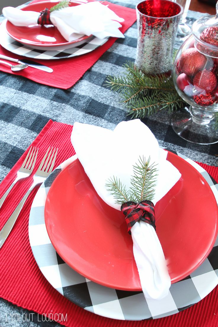 Beautiful Christmas table setting with DIY Buffalo Check Charger Plates by Lydi Out Loud #decoartprojects