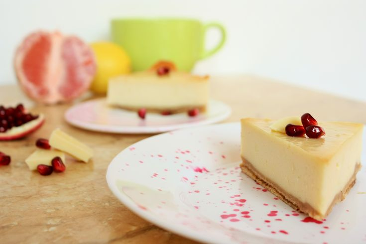 Wafers and Lemon Cheesecake. Yummy! Super easy recipe!