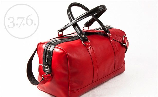 easy to carry with adjustable shoulder strap