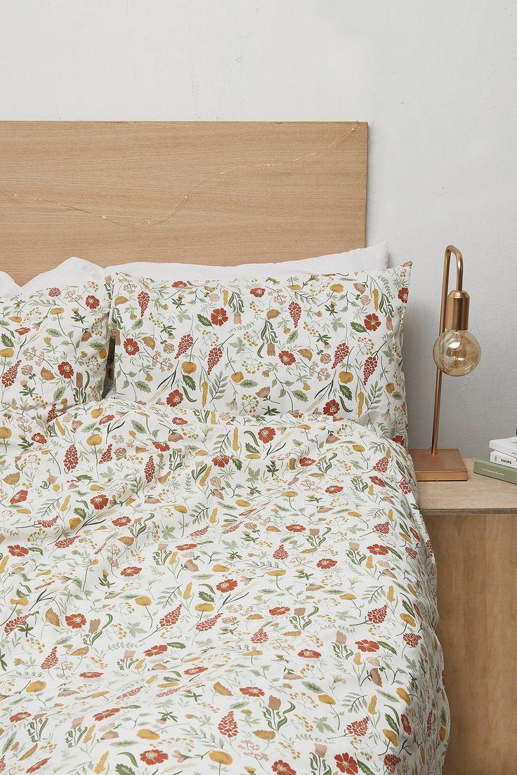 les 25 meilleures id es de la cat gorie couette floral sur pinterest filles. Black Bedroom Furniture Sets. Home Design Ideas