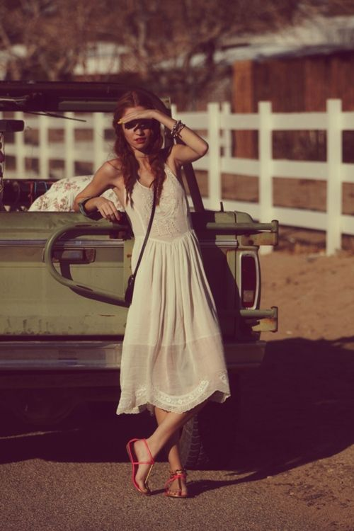 .: White Summer, Summer Dresses, Fashion Blog, Free People, Roads Trips, The Dresses, Sundresses, White Dresses, Summer Clothing
