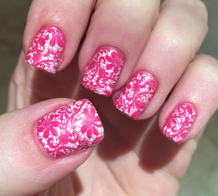 Born Pretty Store Plate and MoYou Stamping Polish XOXO
