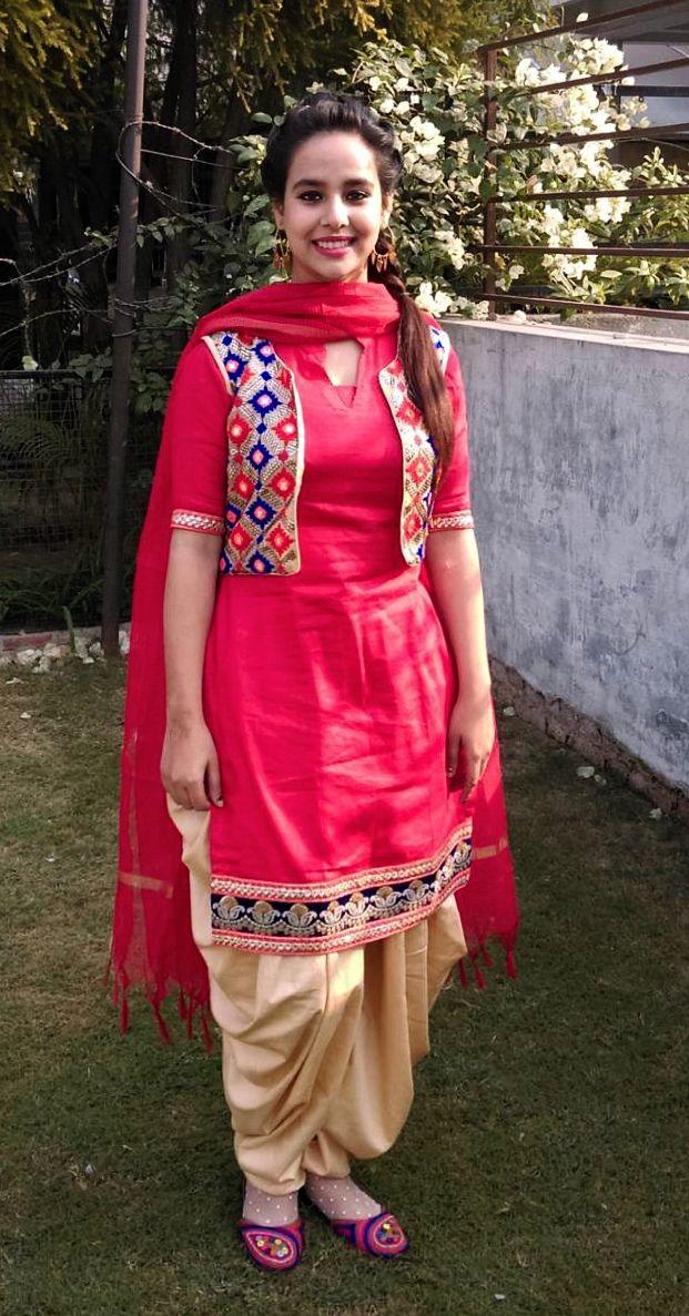 Sunanda Sharma PunJabi Artist