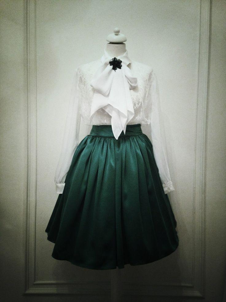 Classic, but modern elegance - Marie Ollie