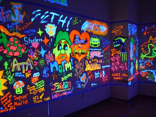 Black light graffiti glow party pinterest room lights and room ideas Painting graffiti on bedroom walls