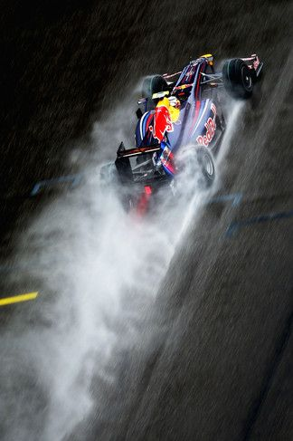 Formula 1 - Red Bull iPhone 4S wallpaper