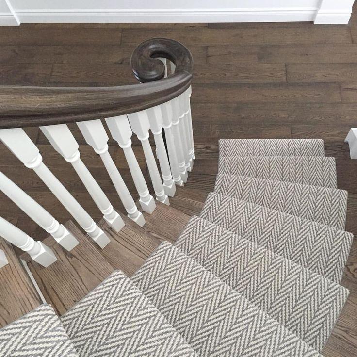 Best 25+ Staircase Runner Ideas On Pinterest