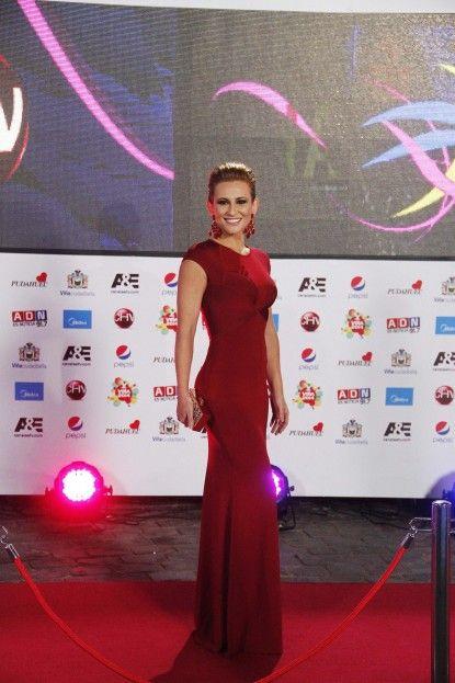 Sigrid Alegria en Herve Leroux en la Gala del Festival de Viña del Mar 2014 #GalaViña2014