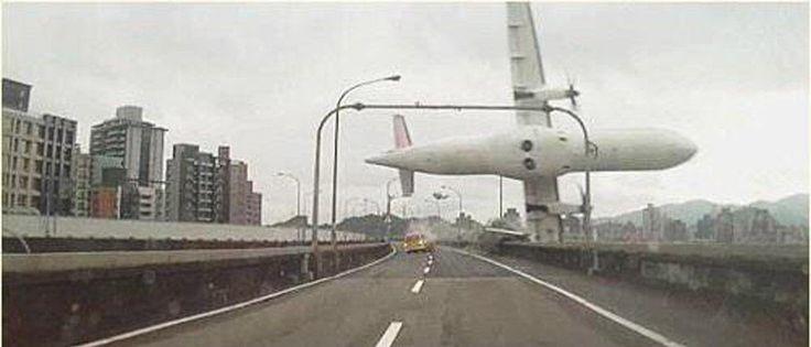 Shock Dashcam Video Captures TransAsia Airways Crash