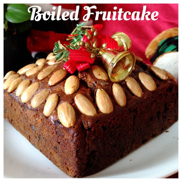 My this year first boiled fruit cake is ready. Is it too early to prepare? i do not think so. I will sprinkle and brush with brandy each week and by the time Christmas has arrived, it will be just nice...  图片食谱链接 Recipe Link: http://wp.me/p3u8jH-1bP   华文食谱供参考: http://translate.google.com/translate?hl=en&sl=en&tl=zh-CN&u=http%3A%2F%2Fwp.me%2Fp3u8jH-1bP&sandbox=1