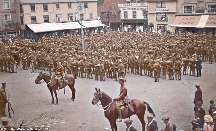 WWI black and white photos of British troopers digitally colored