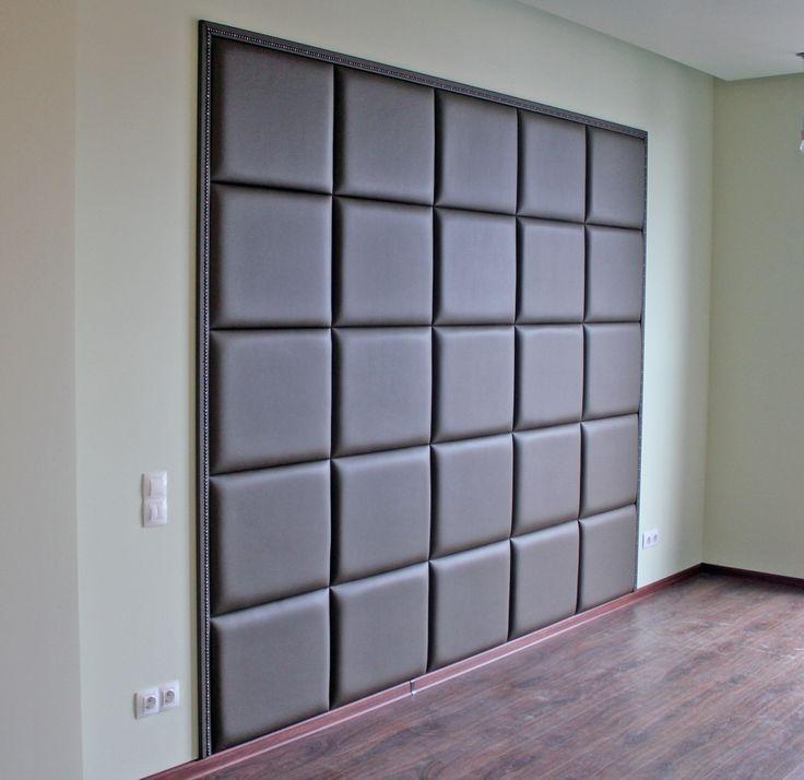 Мягкие стеновые панели из экокожи с багетом.