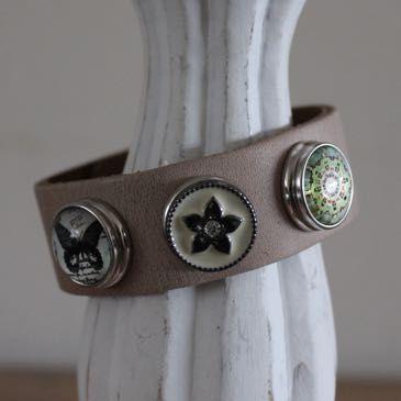 Armband lichtbruin maat L, compleet