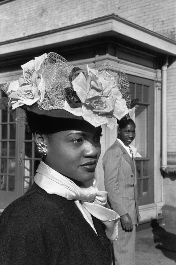 1947 Easter Sunday in Harlem, New York. She is beautiful. We should start wearing hats again!