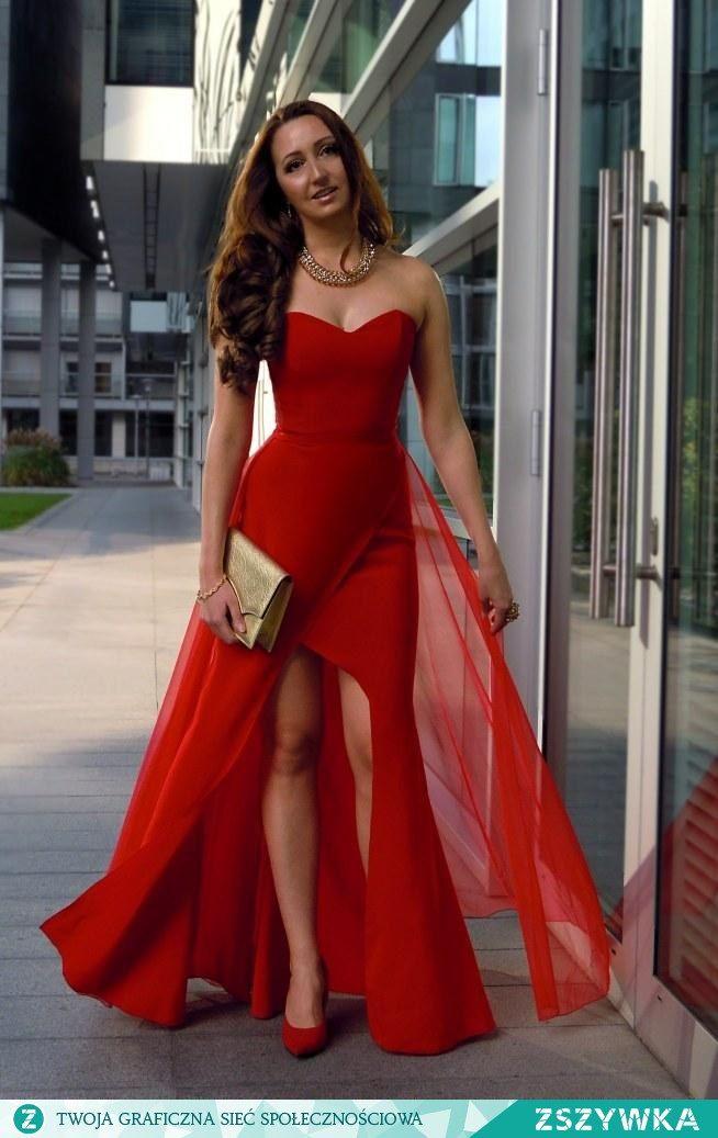 Zobacz zdjęcie Le Labbra Fashion - Szyta na miarę długa suknia, sukienka z tiulem, gorset, na studniówkę, wesele 2015, poprawiny, dla druhny, sylwester, bal, studniówka 2016, sylwester 2015 znajdziesz ją na stronie lelabbrafashion.com Masz pytania - wyślij e-mail: lelabbra.fashion@gmail.com w pełnej rozdzielczości