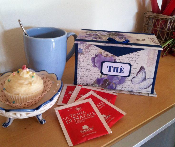 Cofanetto porta bustine thè o tisane. L'ora del thè sarà ancora più piacevole! Un'altra creazione da Artefattishop su Etsy.com