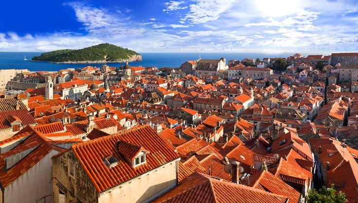 ドブロブニーク(クロアチア)|赤の絶景|THE WORLD IS COLORFUL | 海外旅行情報 エイビーロード