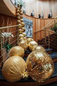 Resultado de imagen de гигантские бусы в свадебном декоре