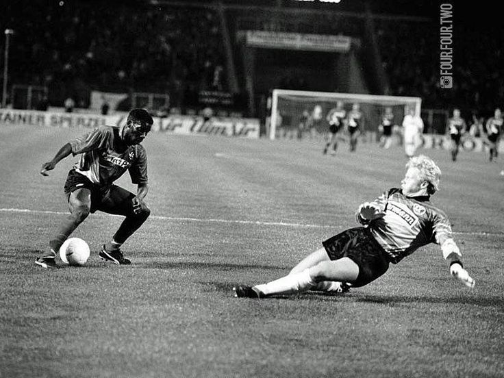 Eintracht #Frankfurt vs #Karlsruhe 1993-94 Jay Jay #Okocha's classic humiliation of Oliver #Kahn by four.four.two
