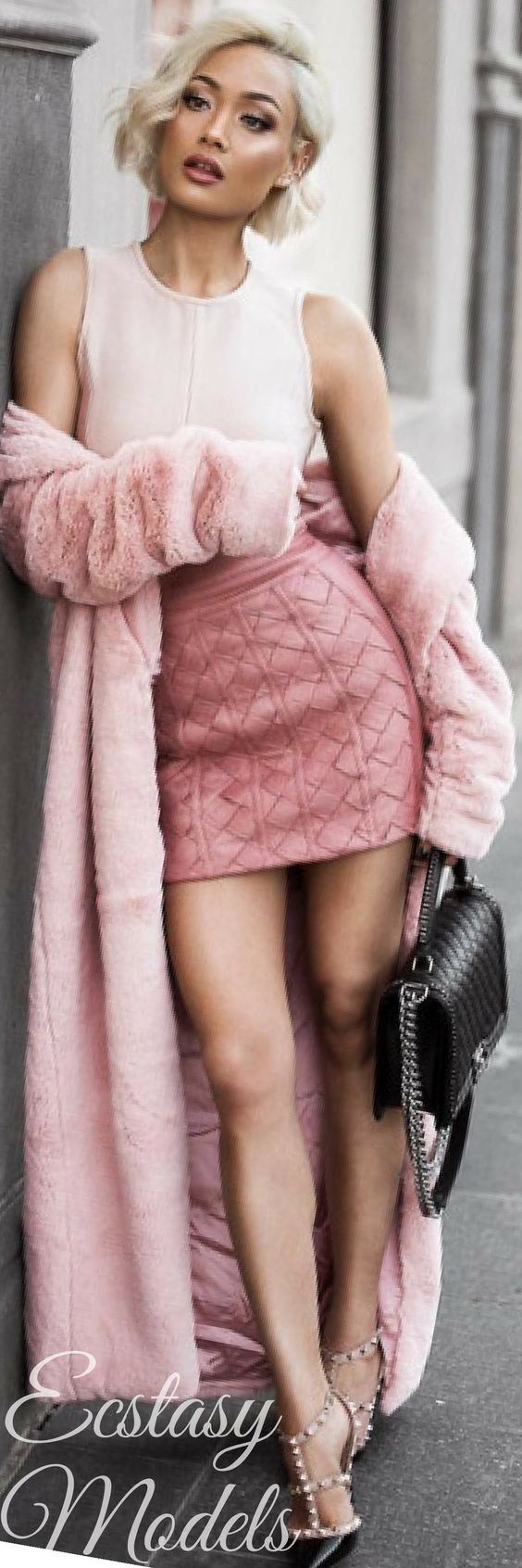 Blushing shades & a hint of black // @houseofcb skirt & faux fur coat