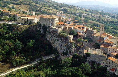 #Macchiagodena - #Molise #Italy - #AbruzzoRuralProperty